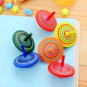 1 pc Random Kids Wood Gyro Toys Children Adult Relief Stress Desktop Spinning Top Toys Kids Birthday Gifts Random Color